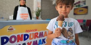 """""""Dondurmam gaymak"""" filminden esinlendi işletme sahibi oldu"""