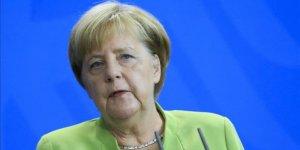 Başkan Erdoğan Angela Merkel ile telefonda görüştü!