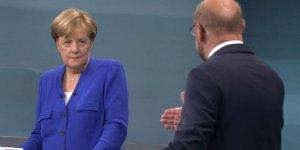 Merkel: Türkiye'ye NATO'nun çıkarlarını da düşünmeli