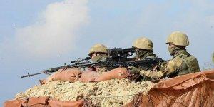 Bakanlık duyurdu! Hakkari'nin Kavaklı köyü kırsalında  3 terörist etkisiz hale getirildi!