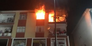 Evde çıkan yangın ucuz atlatıldı