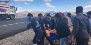 Kars Digor'da yolcu minibüsü devrildi: 16 yaralı