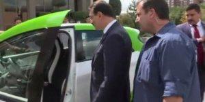 Bakan Dönmez yüzde 100 elektrikle çalışan aracı test etti