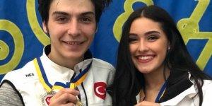 Buz pateninde altın madalya kazandı