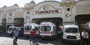 Türkiye İdliblilerin yarasını sarıyor!