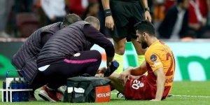 Sarı-Kırmızılı oyuncu Emre Akbaba ameliyat oldu