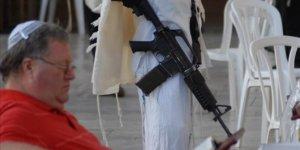 İsrail'de hızla sivil silahlanma artıyor
