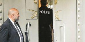 Türk polisi Suudi Konsolosluğu'ndan ayrıldı! Çalışmalar 9 saat sürdü