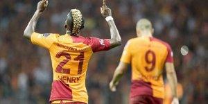 Galatasaray, Nijeryalı futbolcusu'dan kötü haber geldi!
