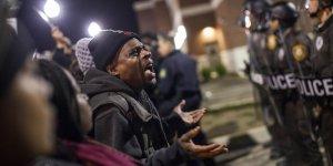 New York Times: Nefret ABD'yi zehirliyor