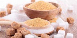 Masum gördüğümüz ve adeta tüketimimizin vazgeçilmezi olan 'şeker' zararlı mı?