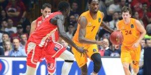 Galatasaray'da yıkım! 30 sayı farkla yenildi!