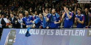 Anadolu Efes, deplasmanda İtalya temsilcisi  Milan'a mağlup oldu!