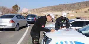 """Drift"" yapan 5 sürücüye 25 bin lira ceza kesildi"