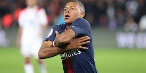 Mbappe PSG'yi sırtlıyor