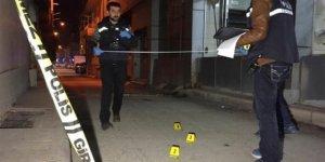 Elazığ'da cezaevi firarisi  tabancayla ateş açtı: 4 kişi yaralandı!