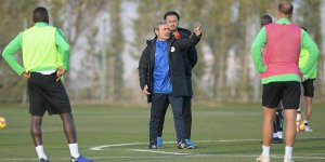 Konyaspor Aykut Kocaman yönetiminde çalıştı