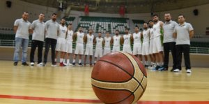 Bornova Belediyespor basketbolseverlerin tribünlerde olmasını istiyor.