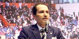 "Fatih Erbakan ""Yeniden Refah Partisi"" ni kurdu"