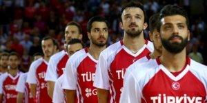 Karadağ-Türkiye maçının yeri değişti!