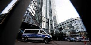 """Alman Deutsche Bank'taki """"Panama Belgeleri"""" soruşturması"""