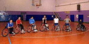 Cumhurbaşkanı Erdoğan engelli basketbolcuların hayalini gerçekleştirdi