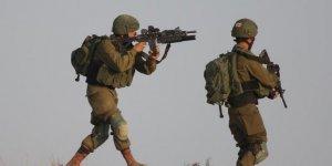 İsrail askerleri Kudüs'te bir genci şehit etti