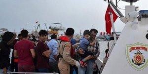 Sahil Güvenlik Komutanlığı ekipleri 500 göçmen yakaladı