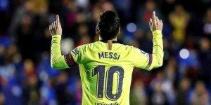 La Liga lideri Barcelona deplasmanda Levante'yi 5-0 yendi!