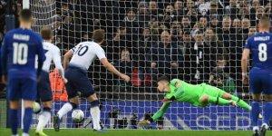 Tottenham Chelsea'yi Harry Kane'in penaltı golüyle yendi!