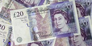 İngiltere'de enflasyon hız kesti