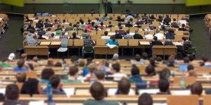 Üniversiteye gidenlerin yüzde 62'si adres değiştirdi