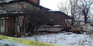 Kars'ta halk kütüphanesinin kazan dairesinde patlama!