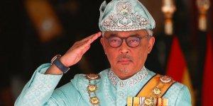 Malezya'nın yeni kralı görevine başladı!