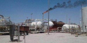 Esed ve YPG/PKK'lı teröristler arasında 'petrol iş birliği'