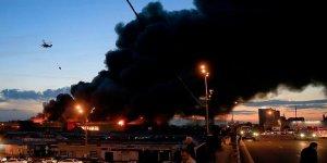 Moskova'da alışveriş merkezinde yangın