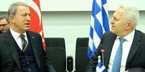 Bakan Akar, Yunan mevkidaşıyla görüştü