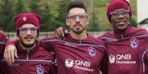 Trabzonsporlu futbolculardan 'Epilepsi İçin Bak' projesine destek