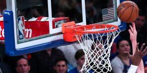 Knicks 18 maç sonra kazandı