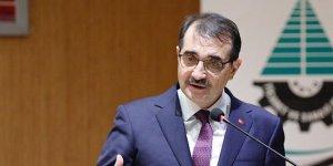 Bakan Dönmez: 'Akdeniz'deki sondajda 4 bin 300 metrelere ulaştık'