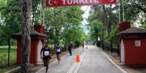 Sınırsız Dostluk Yarı Maratonu rekor katılım bekleniyor