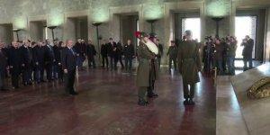 TBMM Başkanı Şentop Anıtkabir'i ziyaret etti!