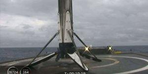 Falcon Heavy roketinin okyanusa konan parçası kayboldu