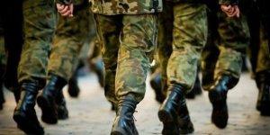 Yeni yasa çıkınca askerler terhis olacak