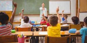 24 Nisan günü okullar tatil mi?