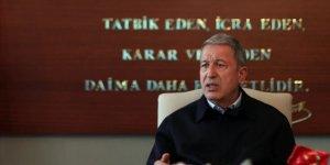 Bakan Akar'dan İdlib açıklaması! 'Kontrol alanını genişletmeye çalışıyor'