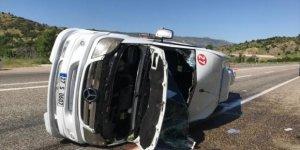 Minibüs devrildi: 9 yaralı