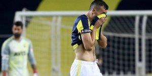 Fenerbahçe'de Mehmet Topal'a şok protesto!