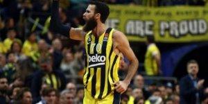 Fenerbahçe'de sakatlık şoku! Datome hastaneye kaldırıldı