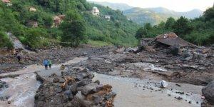 Trabzon'daki sel felaketi:  3 kişi hayatını kaybetti, 7 kişi aranıyor!